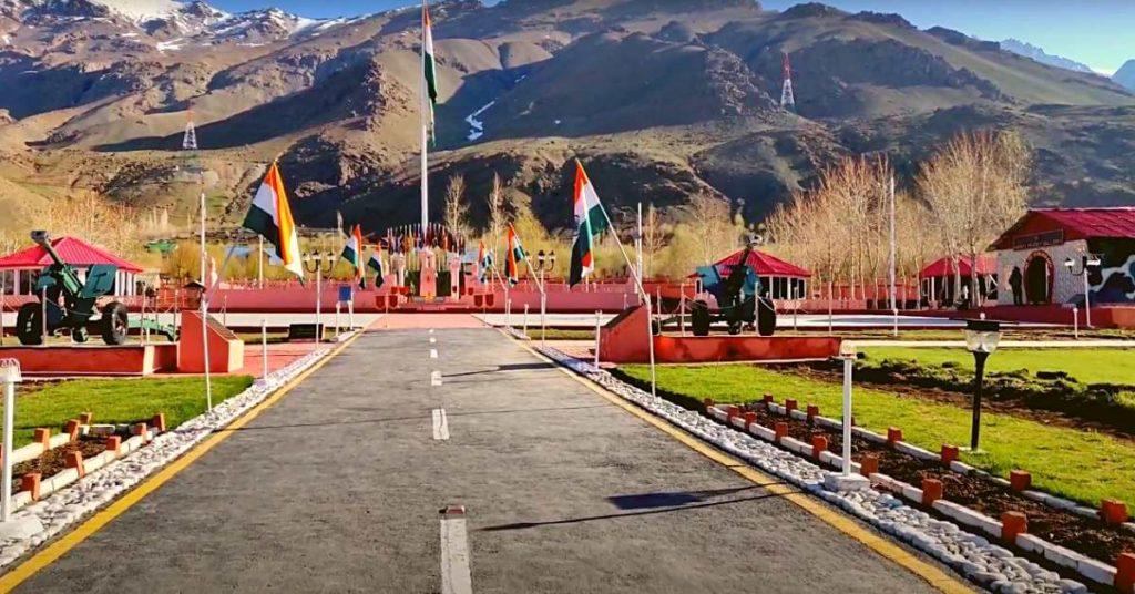Kargil war memorial Flags